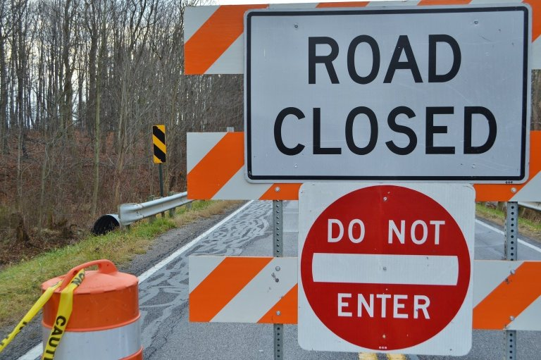 marks-road-closed-signs-strongsville-3694c372b8f7bff4